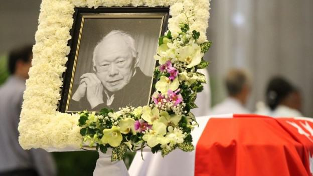 mourner-lky-lying-in